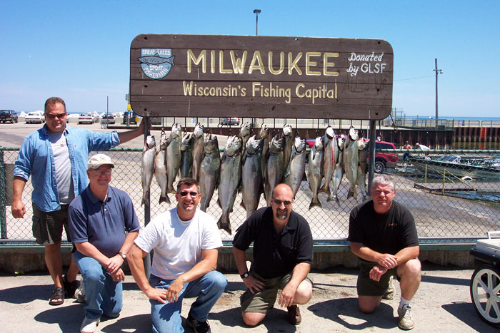 Dcp 0258 maritime charters inc for Milwaukee harbor fishing report