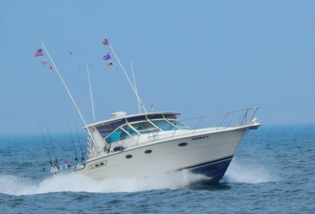 Charter rates martime charters inc for Milwaukee charter fishing
