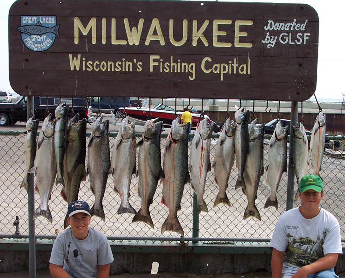 Dcp 0278 martime charters inc for Milwaukee charter fishing