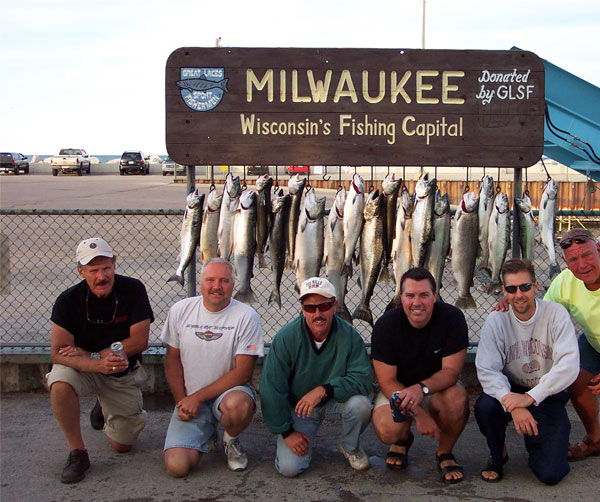 Dcp 0675 martime charters inc for Milwaukee charter fishing