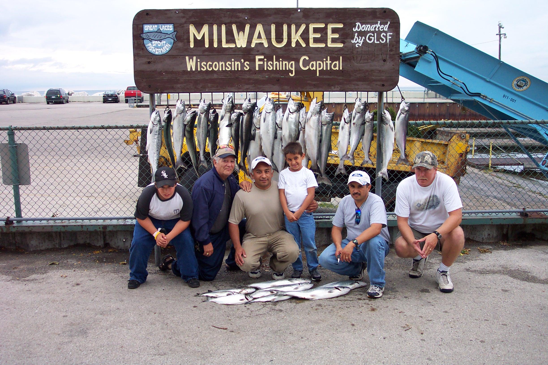 Martime charters inc milwaukee wi charter fishing for Milwaukee charter fishing